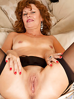 Anilos Cascade spreads her legs for a perfect view of her juicy milf pussy